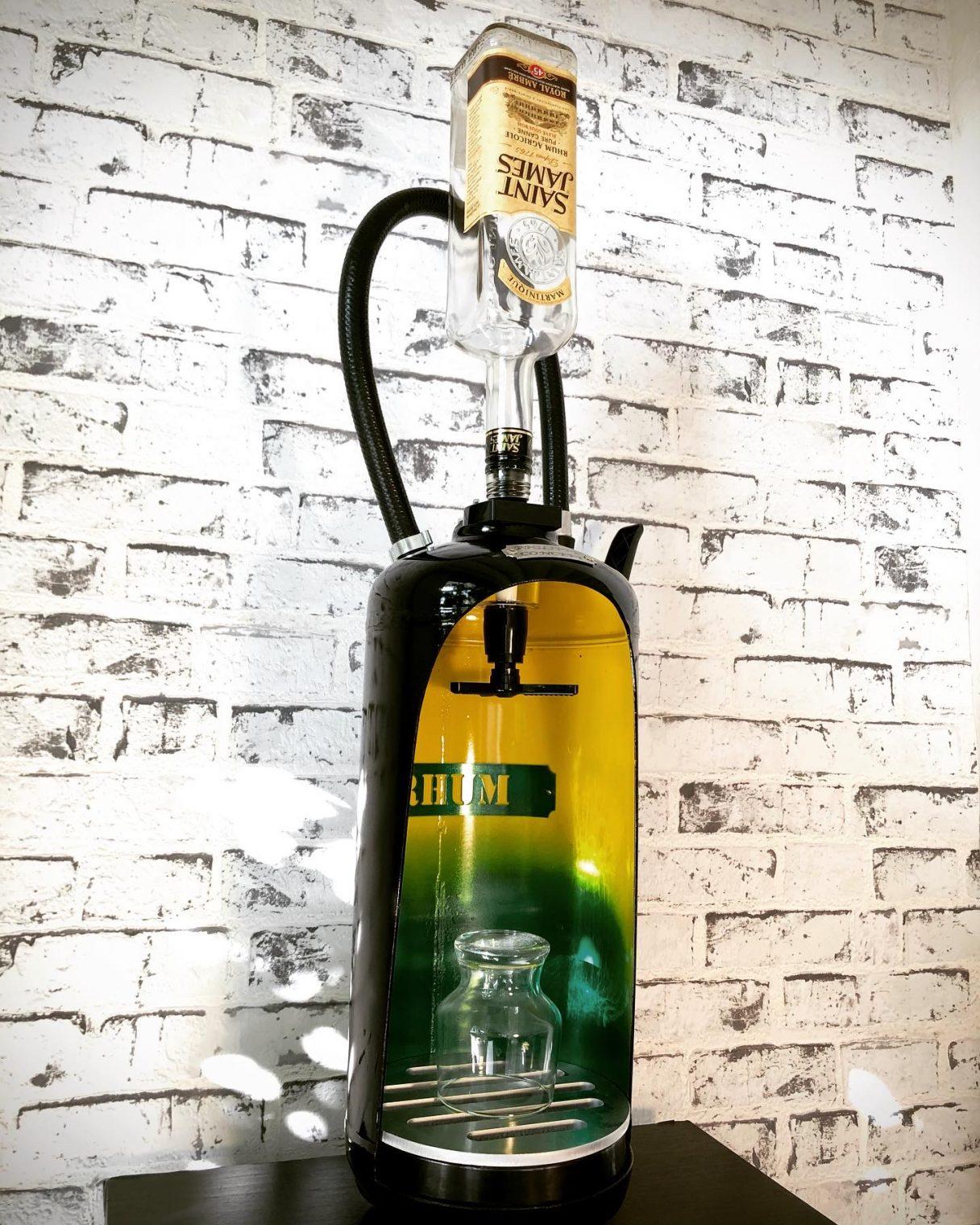 Déco industrielle pompiers extincteurs